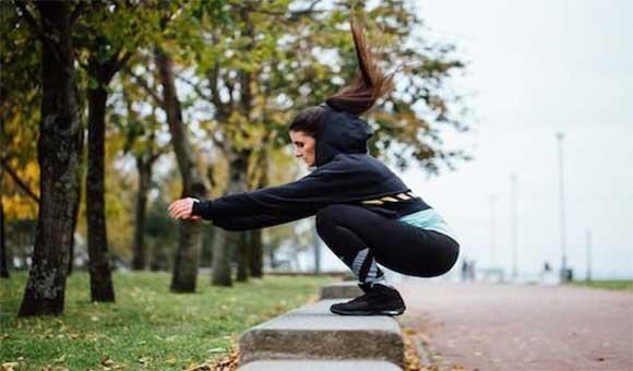 Bậc nhảy tại chỗ hoặc bậc nhảy cao đều giúp tăng chiều cao rất tốt
