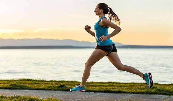 Chạy bộ đúng cách giúp tăng chiều cao