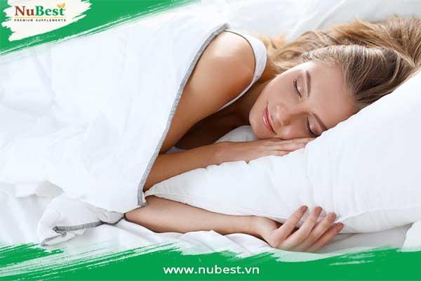 chạy bộ giúp ngủ ngon hơn