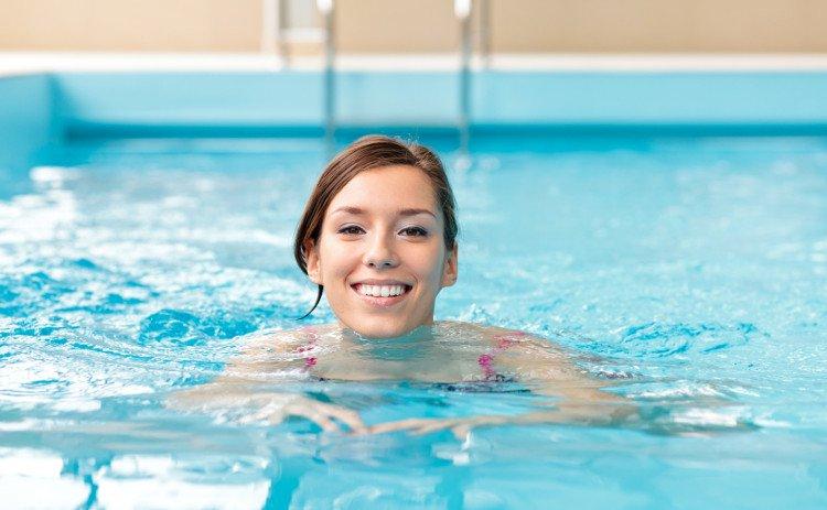 Cách tăng chiều cao ở tuổi 18 với bơi lội