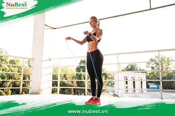 Nhảy dây hỗ trợ tăng chiều cao hiệu quả và săn chắc cơ thể