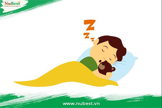 Giấc ngủ ngon mỗi đêm giúp tuyến yên sản sinh ra nhiều nội tiết tố tăng trưởng