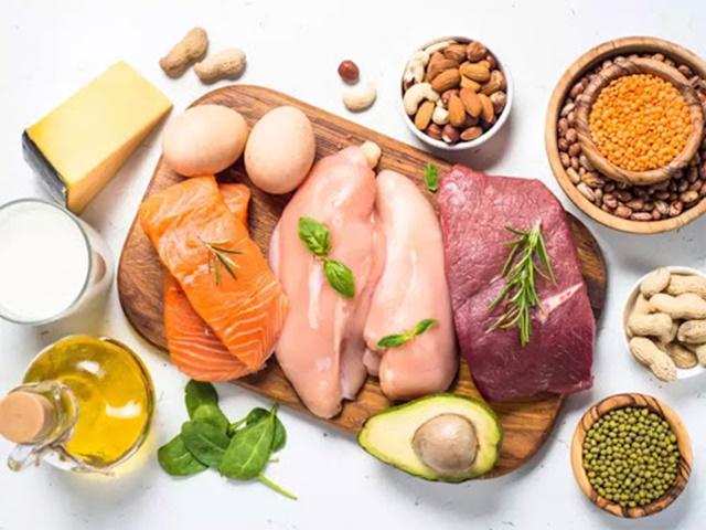 Protein có thể bổ sung từ nguồn động vật hoặc thực vật