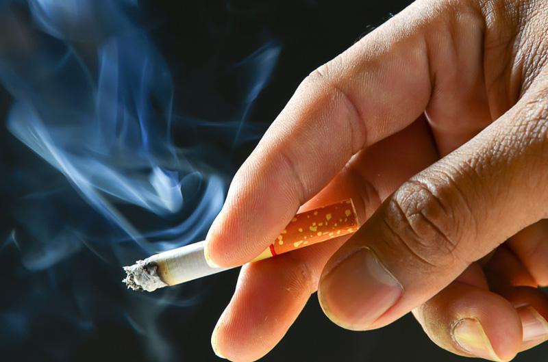thuốc lá làm giảm phát triển chiều cao ở tuổi 22